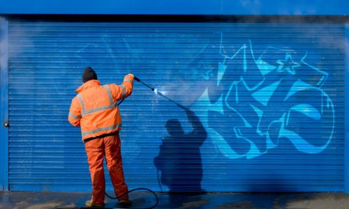 Graffiti-Cleaning-Removal